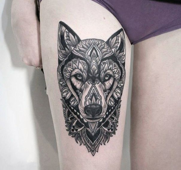 Womens Wolf Tattoo Thigh Tattoos Women Wolf Womens Thigh: Tattoo On The Thigh Of The Girl - A Wolf