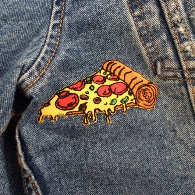 SugarPlumBethan sent us this pic of her pizza patch! Get yours - extremelargeness.com