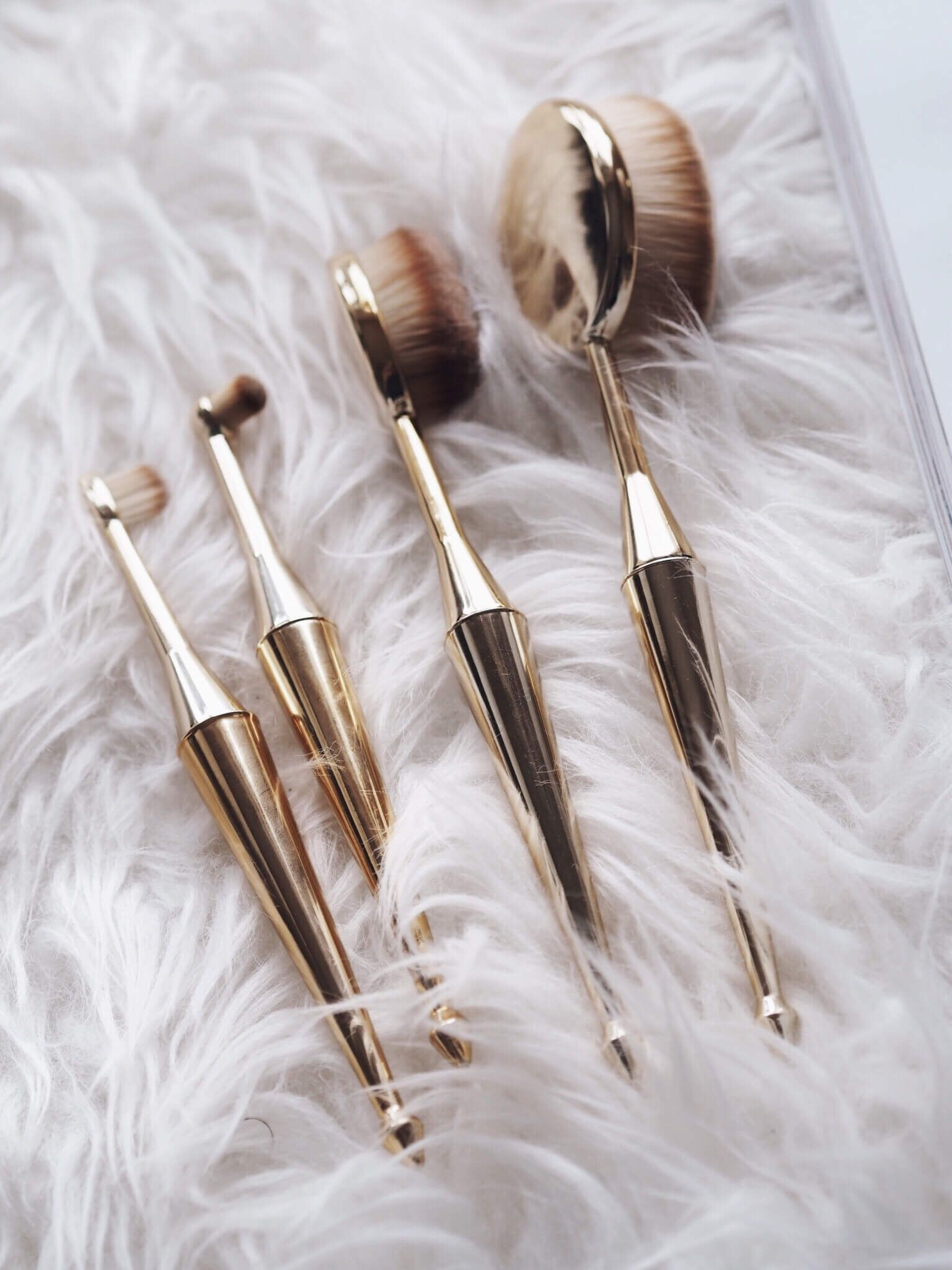 Professional Oval Makeup Brushes Review Worth The Hype