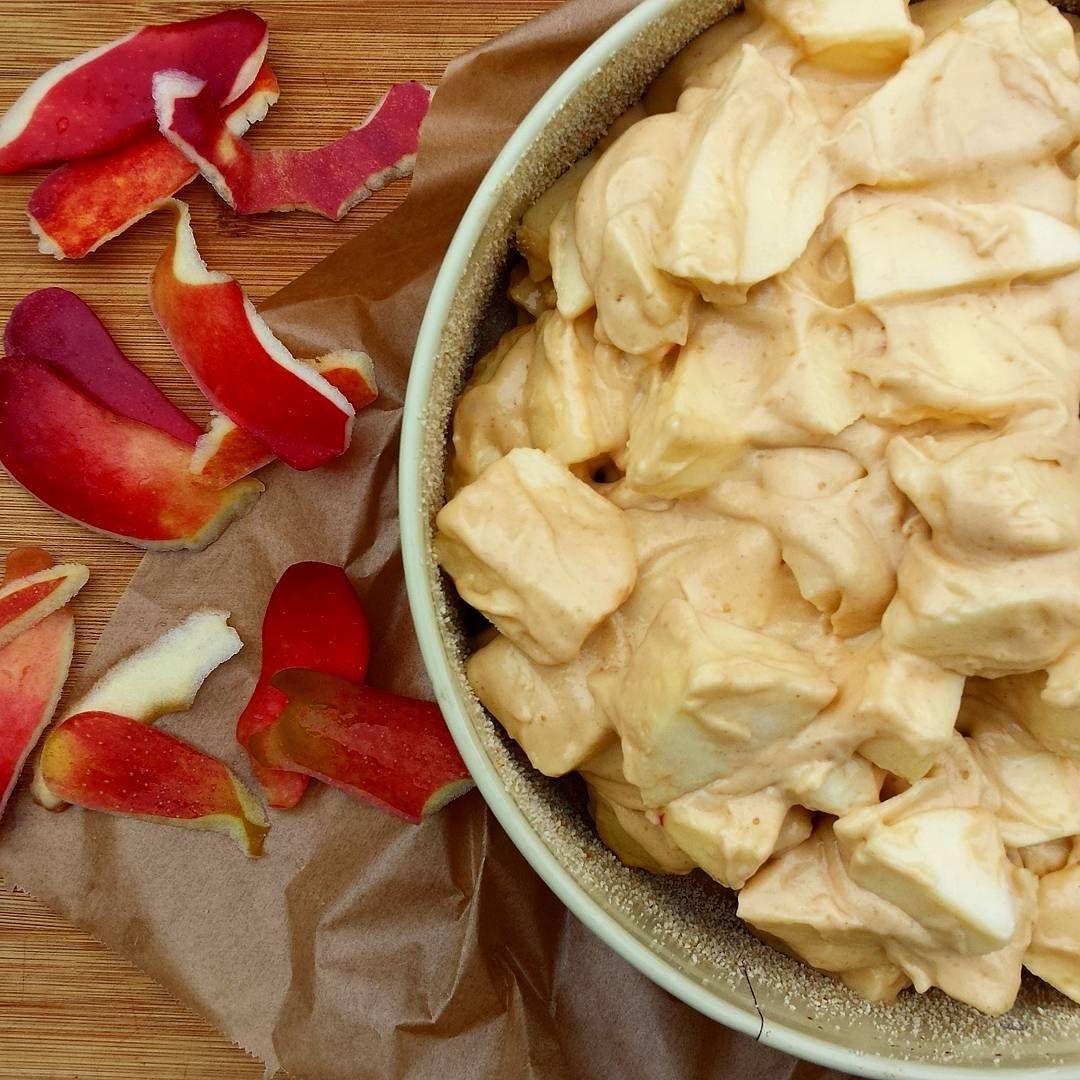 Apfelkuchen in 10 Minuten  Rezept auf http://ift.tt/2eZrx0H  #rezepte #foodies #foodblog #instagram #apfel #fall #apfelkuchen #rezepte #recipe #fastfood #apple #pie #applepie #candytime #weekend #schöneswochenende