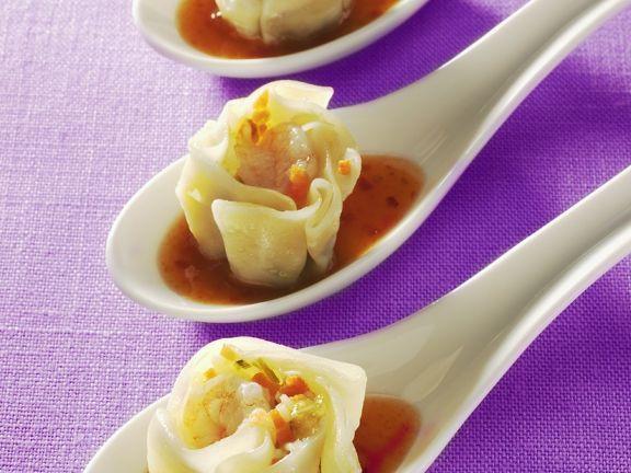 Dim Sum ist ein Rezept mit frischen Zutaten aus der Kategorie Gemüse. Probieren Sie dieses und weitere Rezepte von EAT SMARTER!