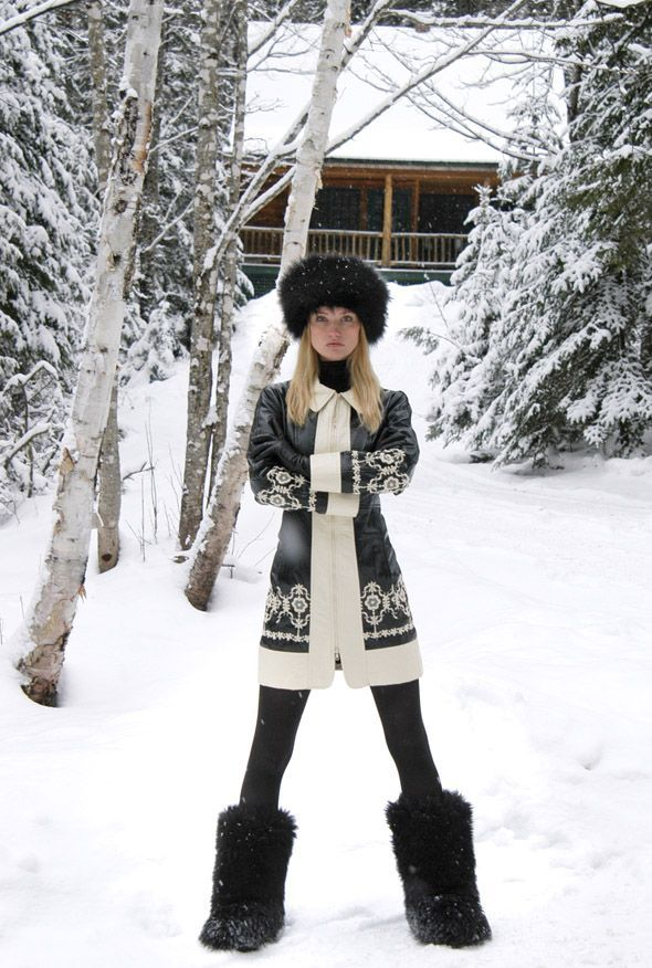 what to wear skiing, apres ski outfit, winter outfit, ski vacation, winter