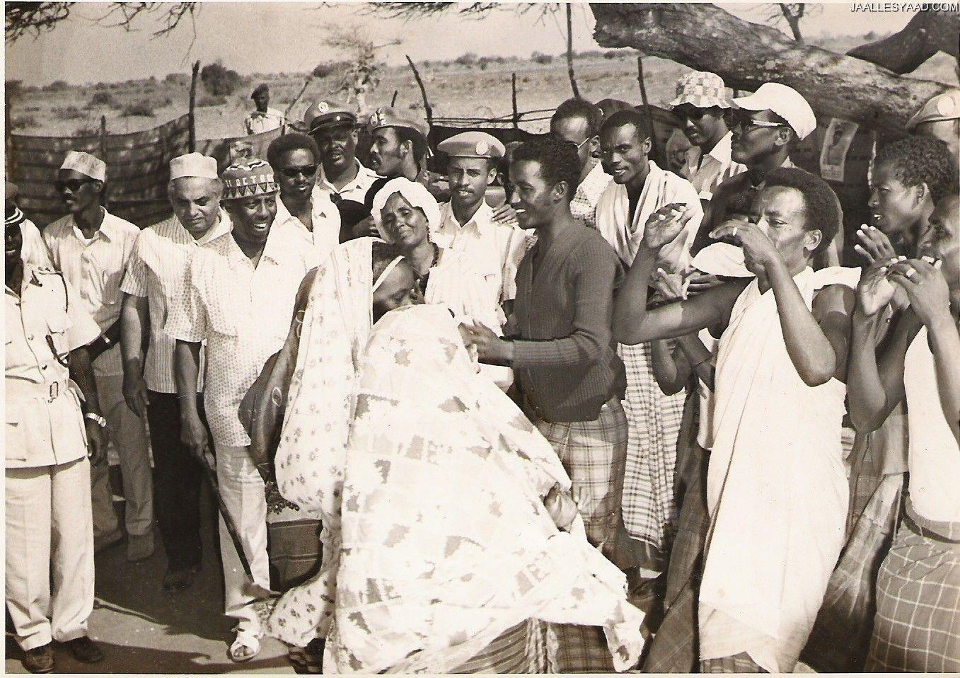 Somali Dhuuqmo Sawiro: Somali President Jaalle Maxamed Siyaad Barre.