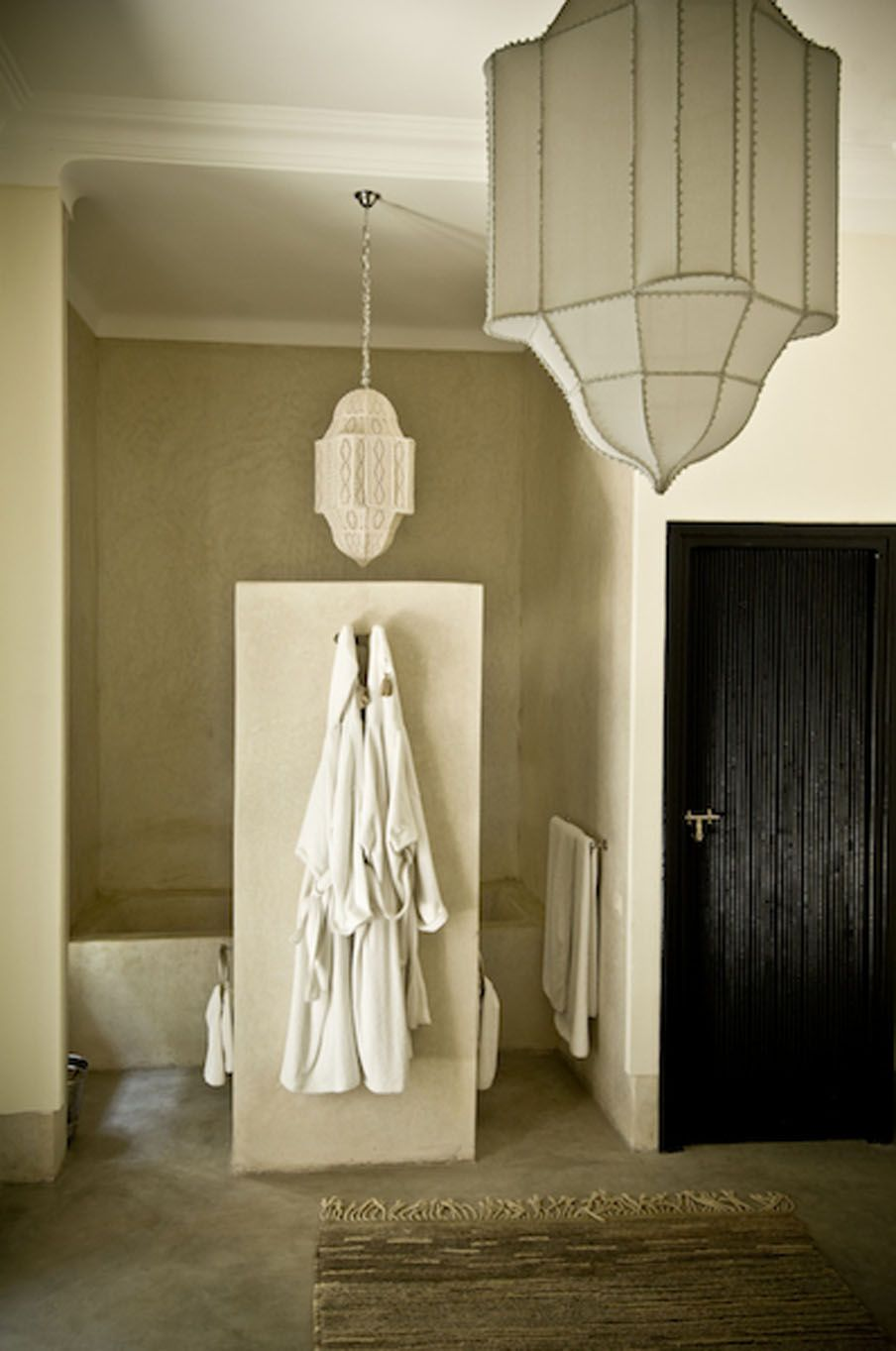 Riad First love it...! | inspiration "|904|1363|?|638c829e02ace99c541a86fb10724dc7|False|UNLIKELY|0.3025446832180023