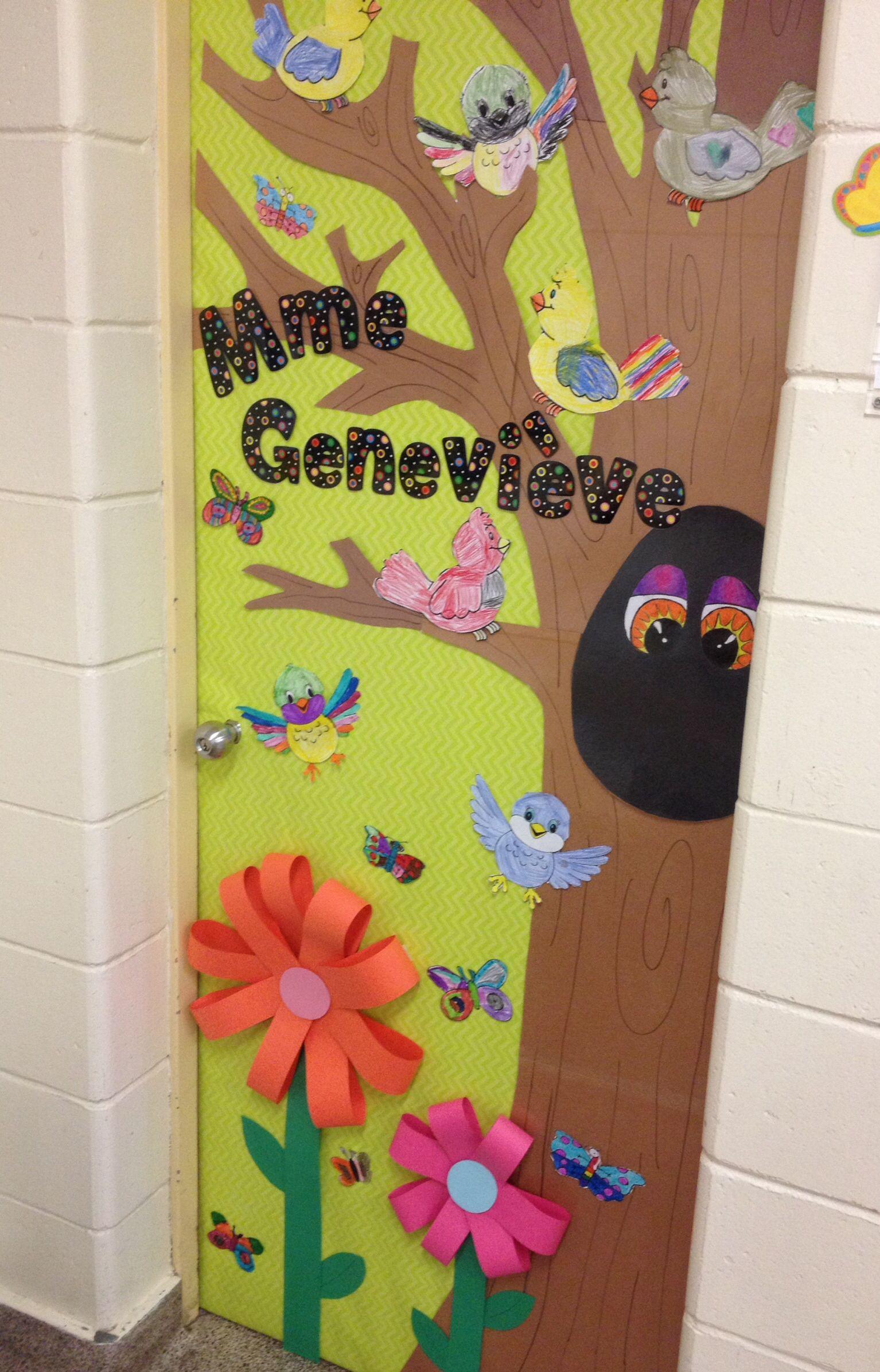 decoration porte de classe changer le theme en fonction des periodes de l annee rentree halloween