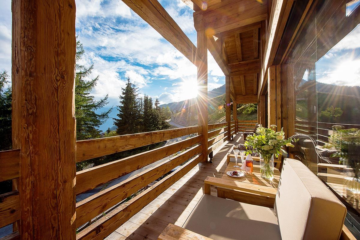 The newly constructed chalet lucine epitomizes contemporary chalet