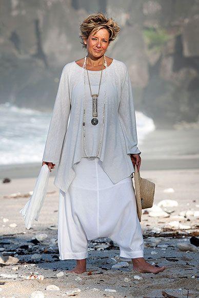 Vêtement femme top destructuré en jersey de lin avec un sarouel blanc