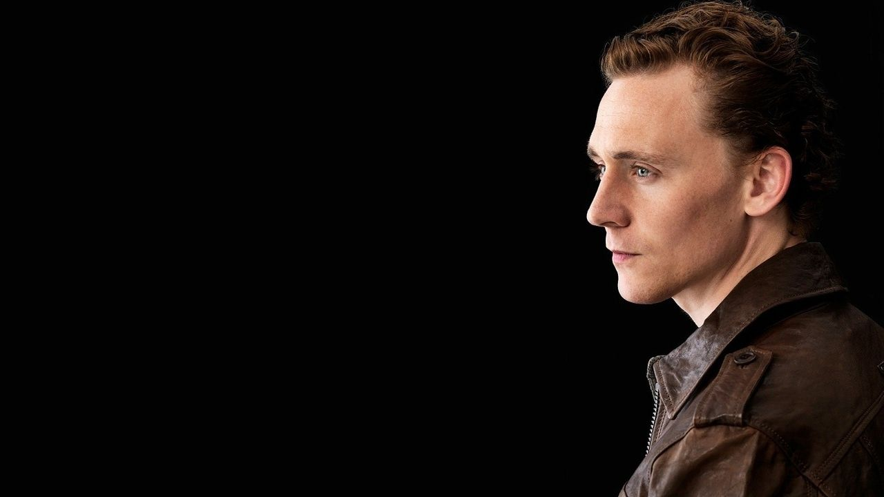 I Love This Shot Of Tom Hiddleston!