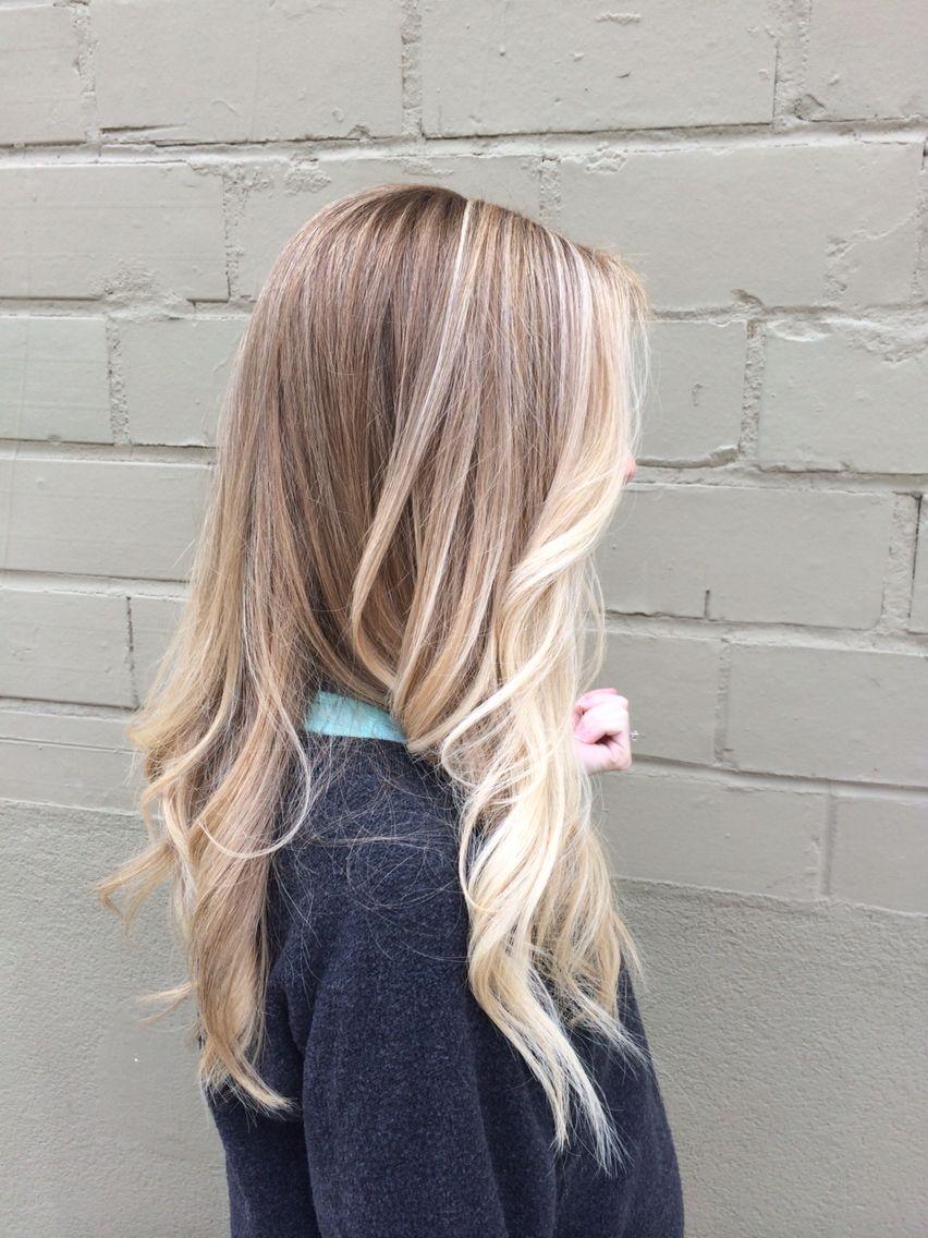 sassy blonde sombre pops of blonde keeping it light beige blonde loose curls b e a u t y b. Black Bedroom Furniture Sets. Home Design Ideas