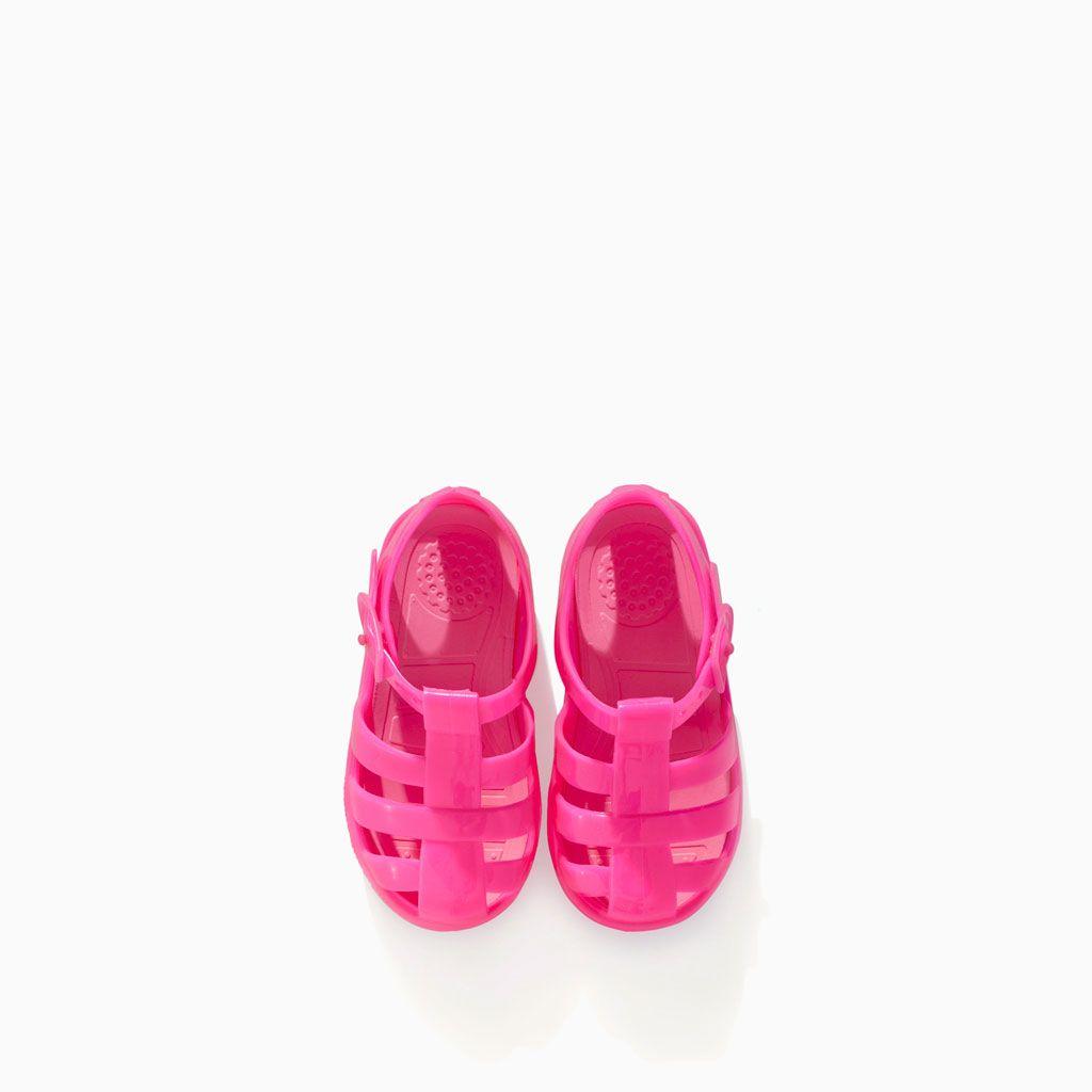 Imagen 2 De Sandalia Cangrejera Playa De Zara Zara Kids Shoes Toddler Girl Shoes Baby Girl Shoes
