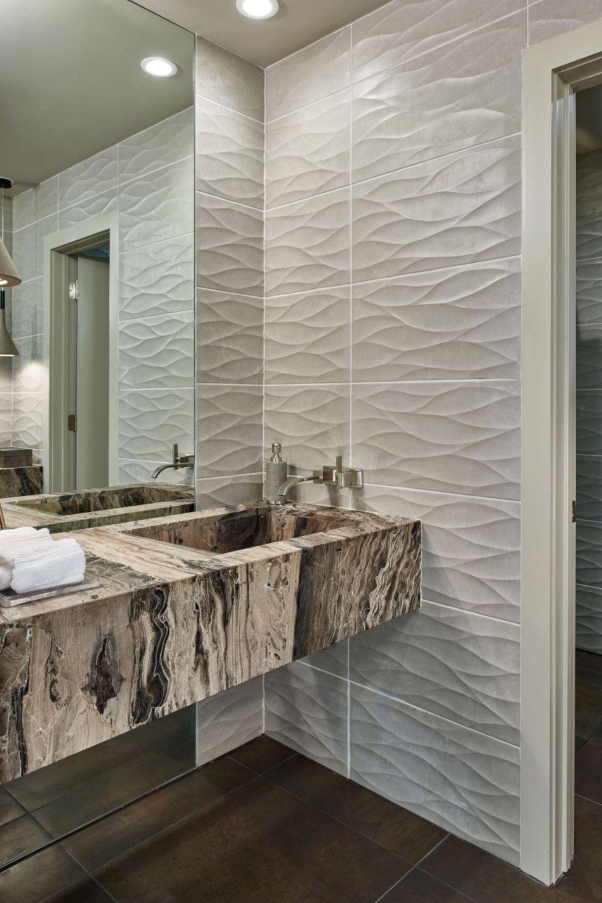Scandinavian Mod Bathroom Concept And Implementation By Gindesigns Featuring Artisan Wave Tile And Scandinavian Mod Pendants Banos Pequenos Interiores Banos