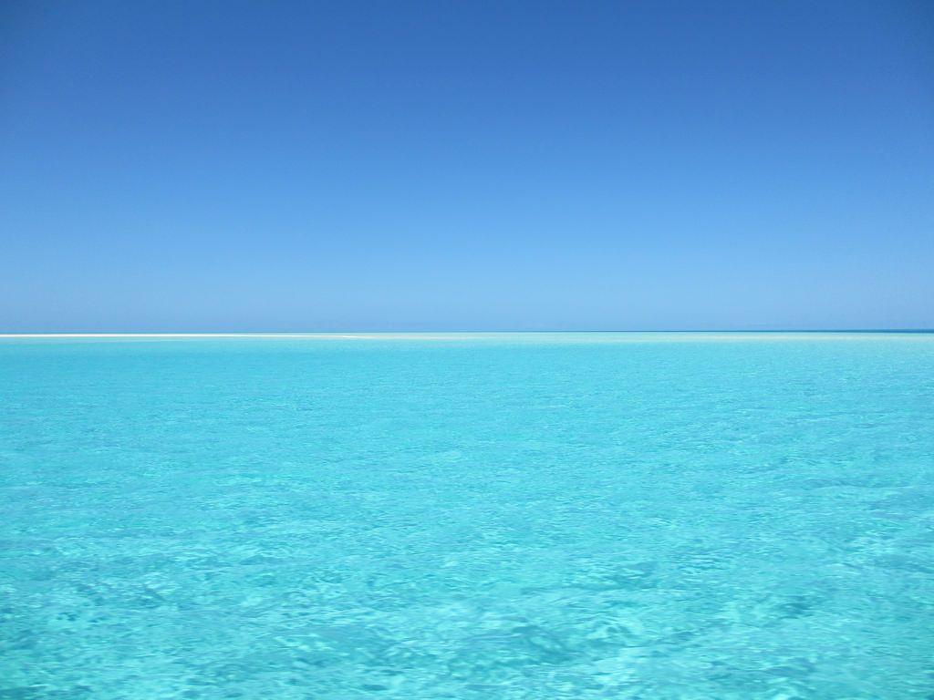 Blue Water And Sea Wallpaper In Hd Beach Pictures Ocean Artwork Ocean