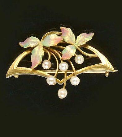 Art Nouveau pearl and enamel brooch, circa 1900