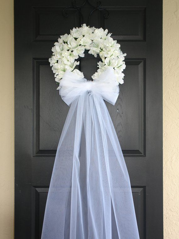 Wedding wreathspring wreathfront door wreathsoutdoors white ivory veil wreaths country french weddings decor