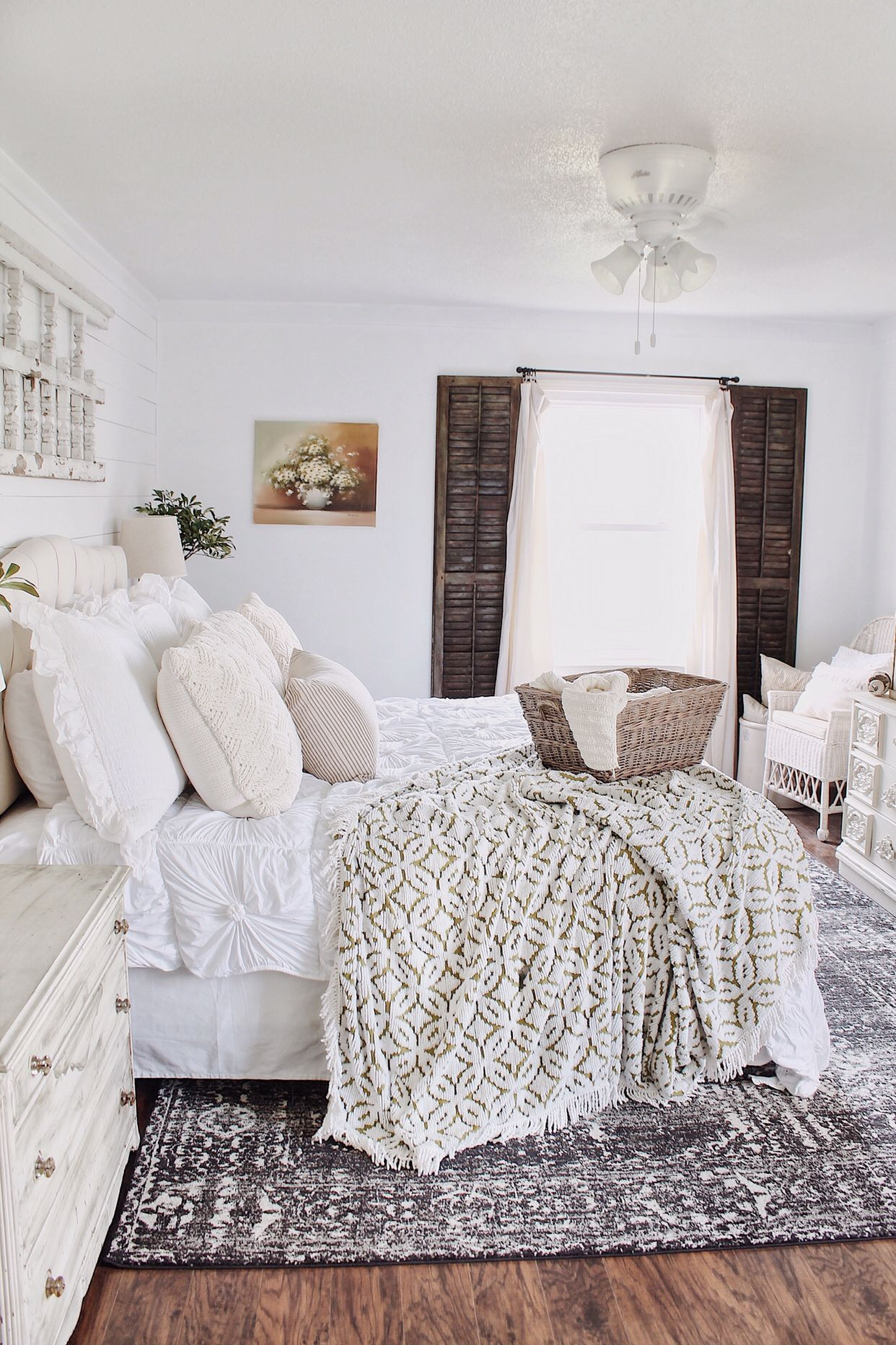 Master bedroom images  A Flower Painting In The Master Bedroom  Home Inspiration
