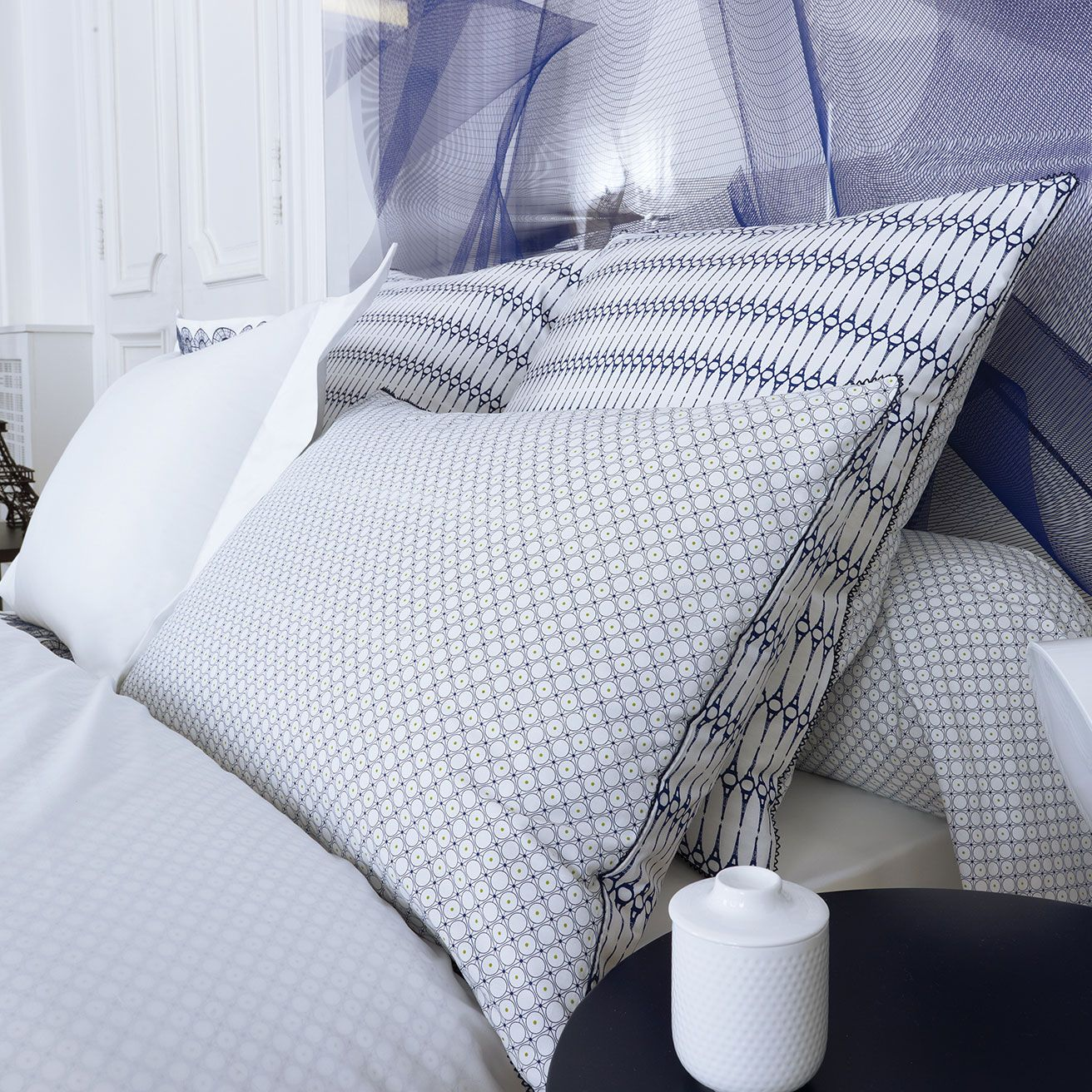 collection trocad ro par descamps accessorize. Black Bedroom Furniture Sets. Home Design Ideas