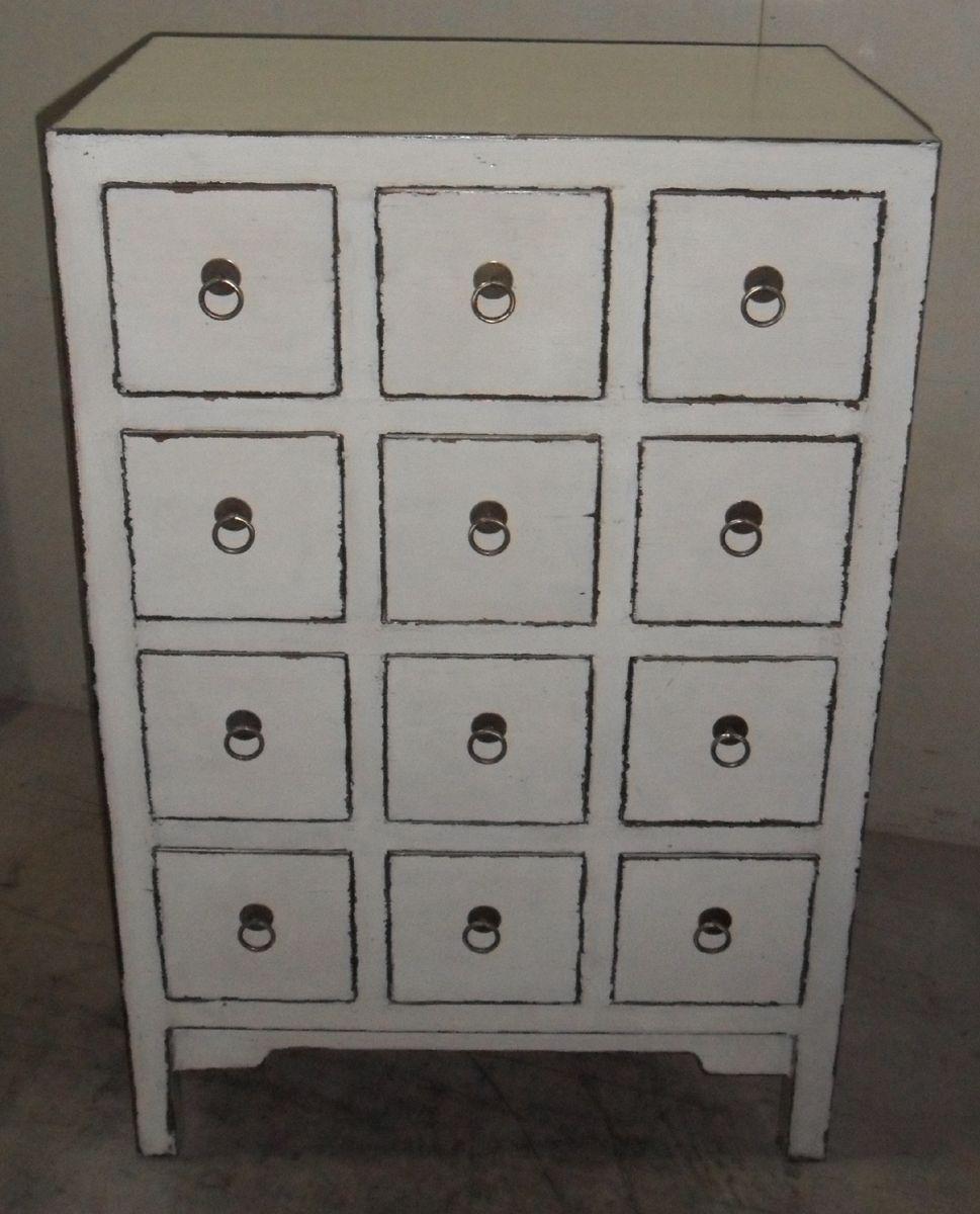 Wandfarbe Schlafzimmer Weisse Möbel: Medicine Cabinet