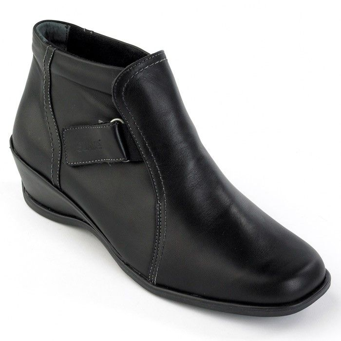 Sasha Ladies Boot E - Our best selling boot - and it's easy to see why!