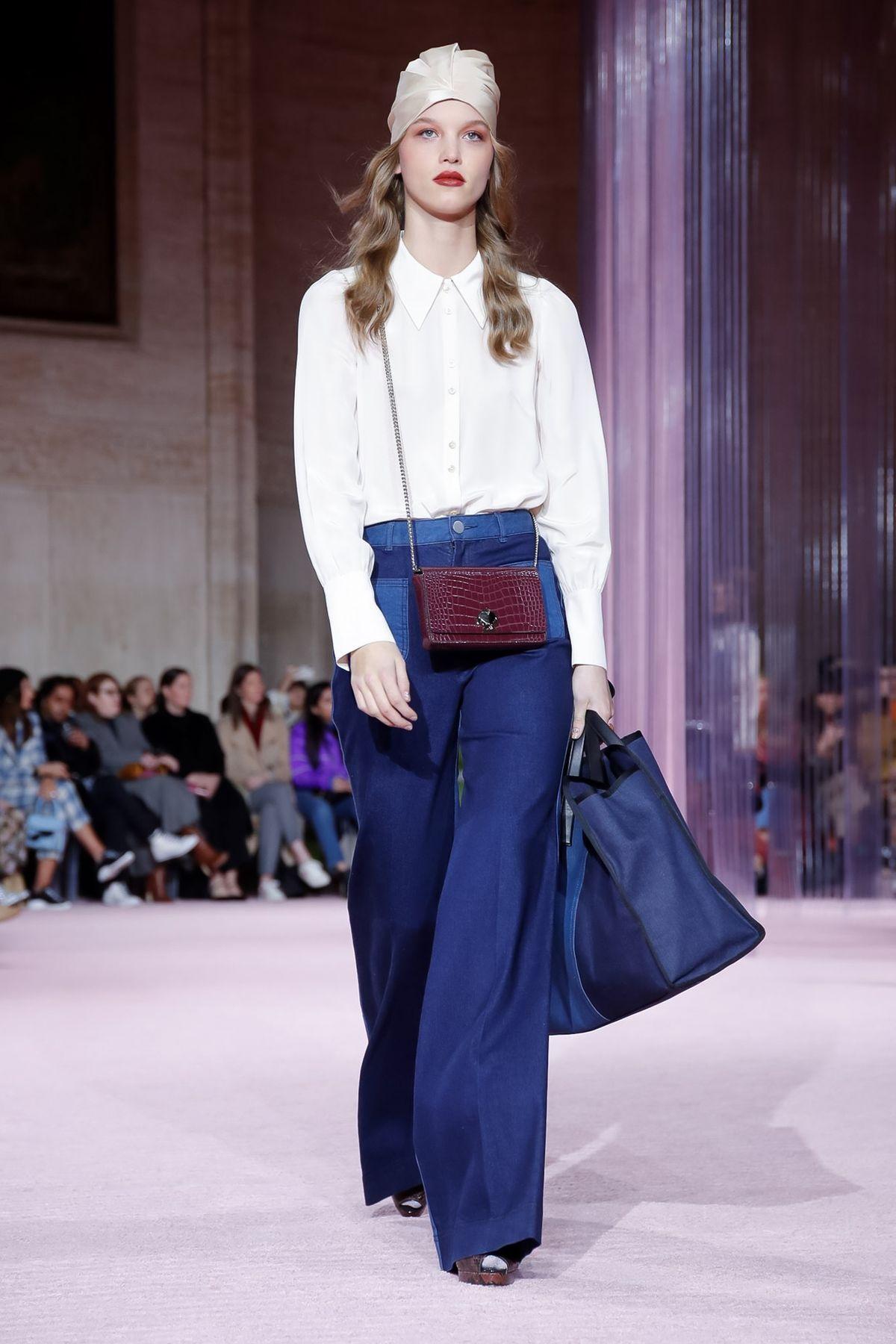 cd58cf9196a Kate Spade New York Ready To Wear Fall Winter 2019 New York