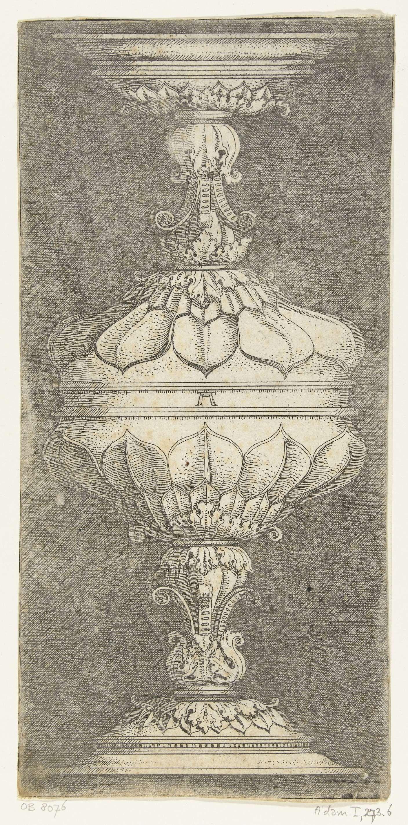 Albrecht Altdorfer | Dubbele bokaal, gedecoreerd met bladeren, Albrecht Altdorfer, Anonymous, 1490 - 1538 | Eén van 11 bladen uit een serie van 22. Gearceerde achtergrond.