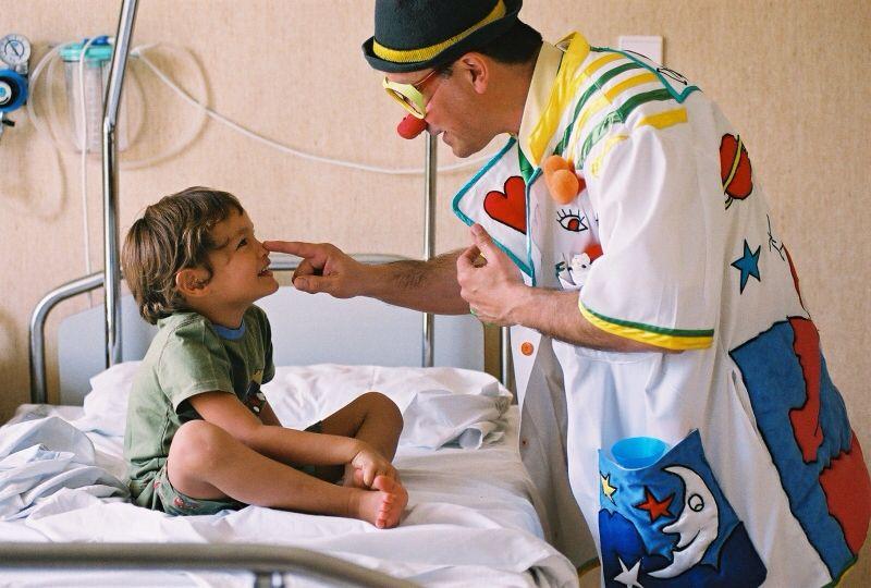 clown therapy | patch adams | dottori del sorriso