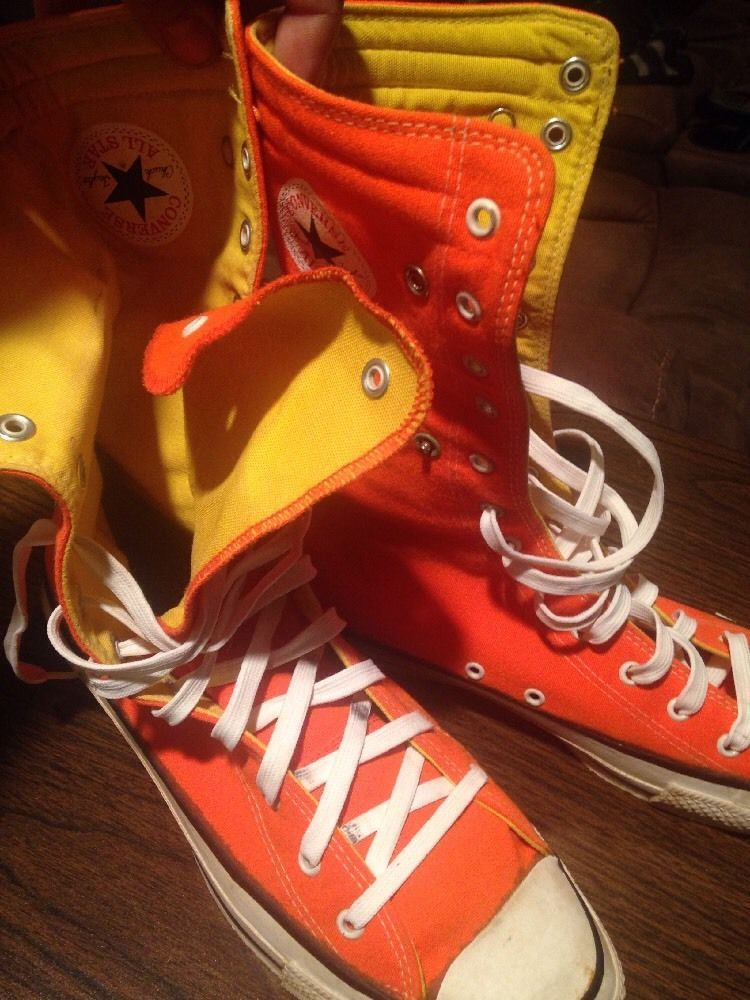 Made in USA. From 1987 I believe. Original laces. Left shoe