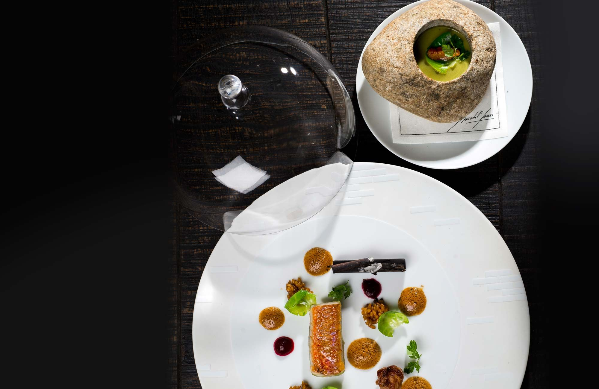 Restaurant gastronomique Michel SARRAN  #SafranParis #MichelSarran #Assiettes #Porcelaine #CollectionPrivée #Gastronomie #Gastronomy