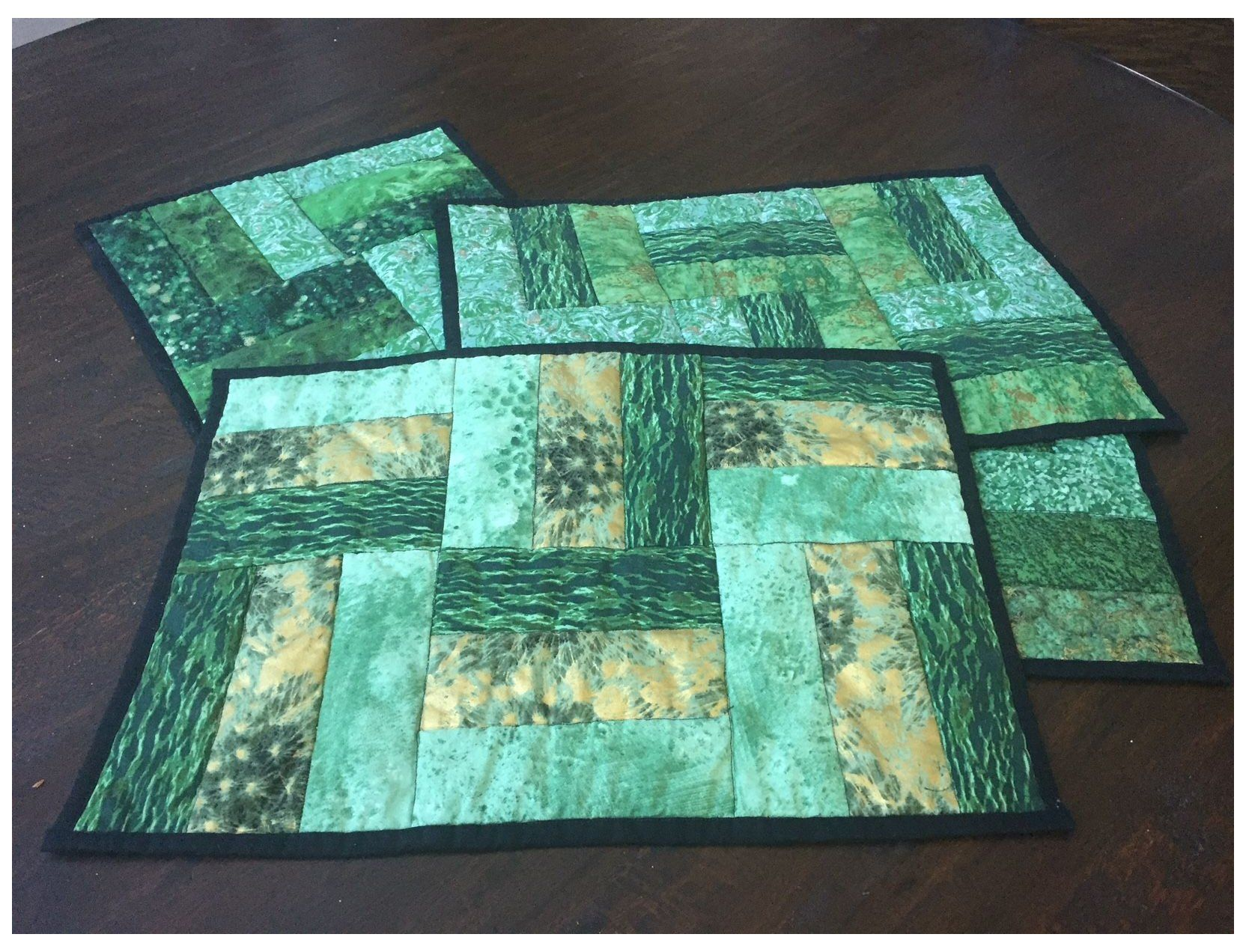Jelly Roll Rug Place Mats Jellyrollrugplacemats Jelly Roll Place Mats Each One Is A Little D In 2020 Quilted Placemat Patterns Placemats Patterns Easy Placemats