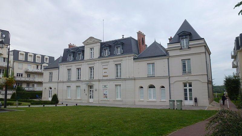 Château de la Fresnaye à Combs-la-ville (Seine et Marne)