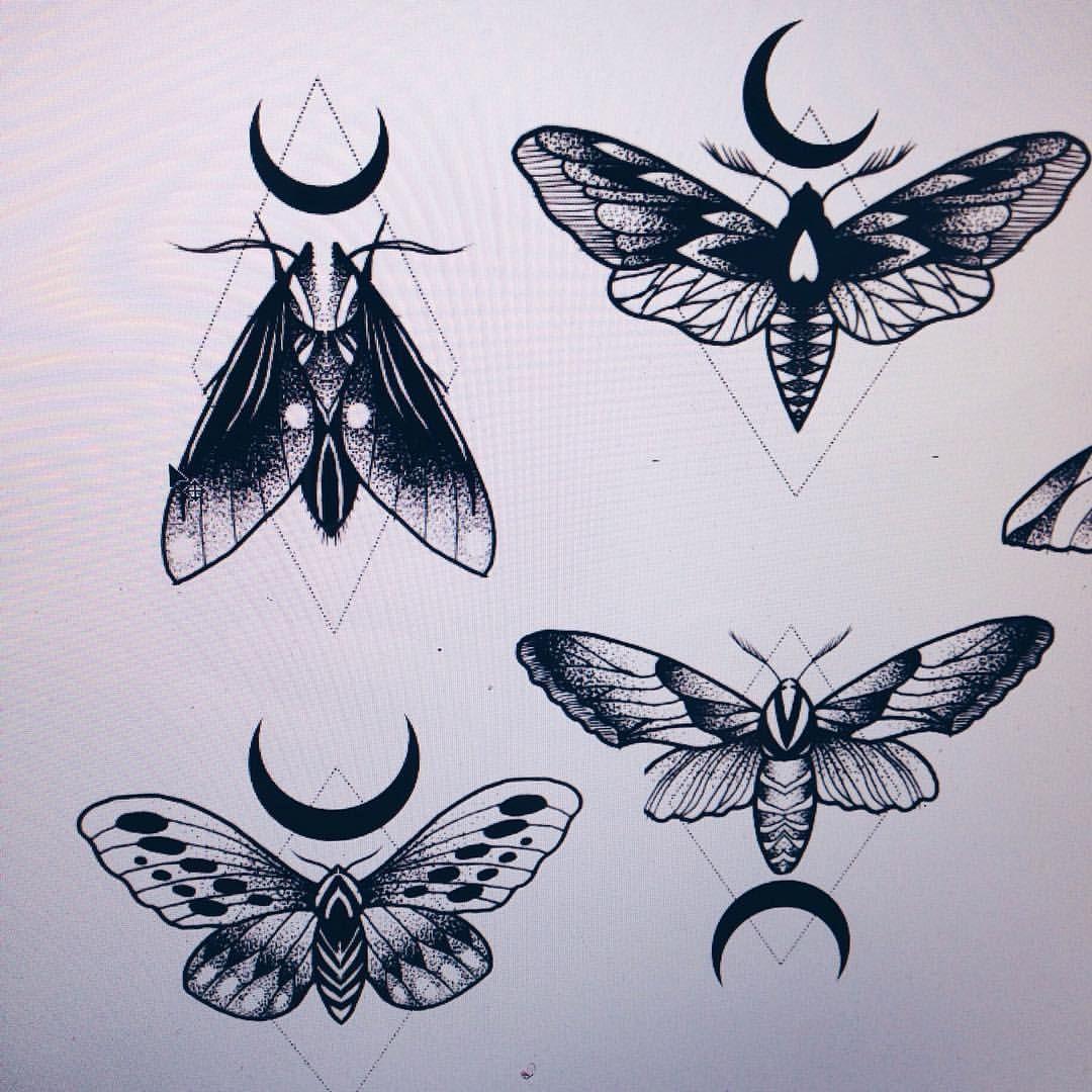 See This Instagram Photo By Carowalchtattoo 1 116 Likes Motten Tattoo Motte Zeichnung Mond Tattoos