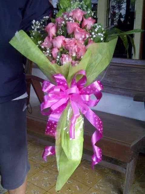 Ini adalah hand bouquet di toko bunga medan yang di jual dengan ini adalah hand bouquet di toko bunga medan yang di jual dengan harga rp1000000 junglespirit Gallery