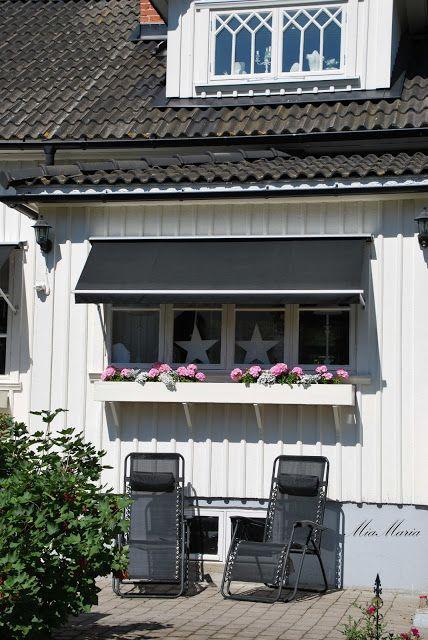 Vitt hus med vita knutar: Härliga sommar...