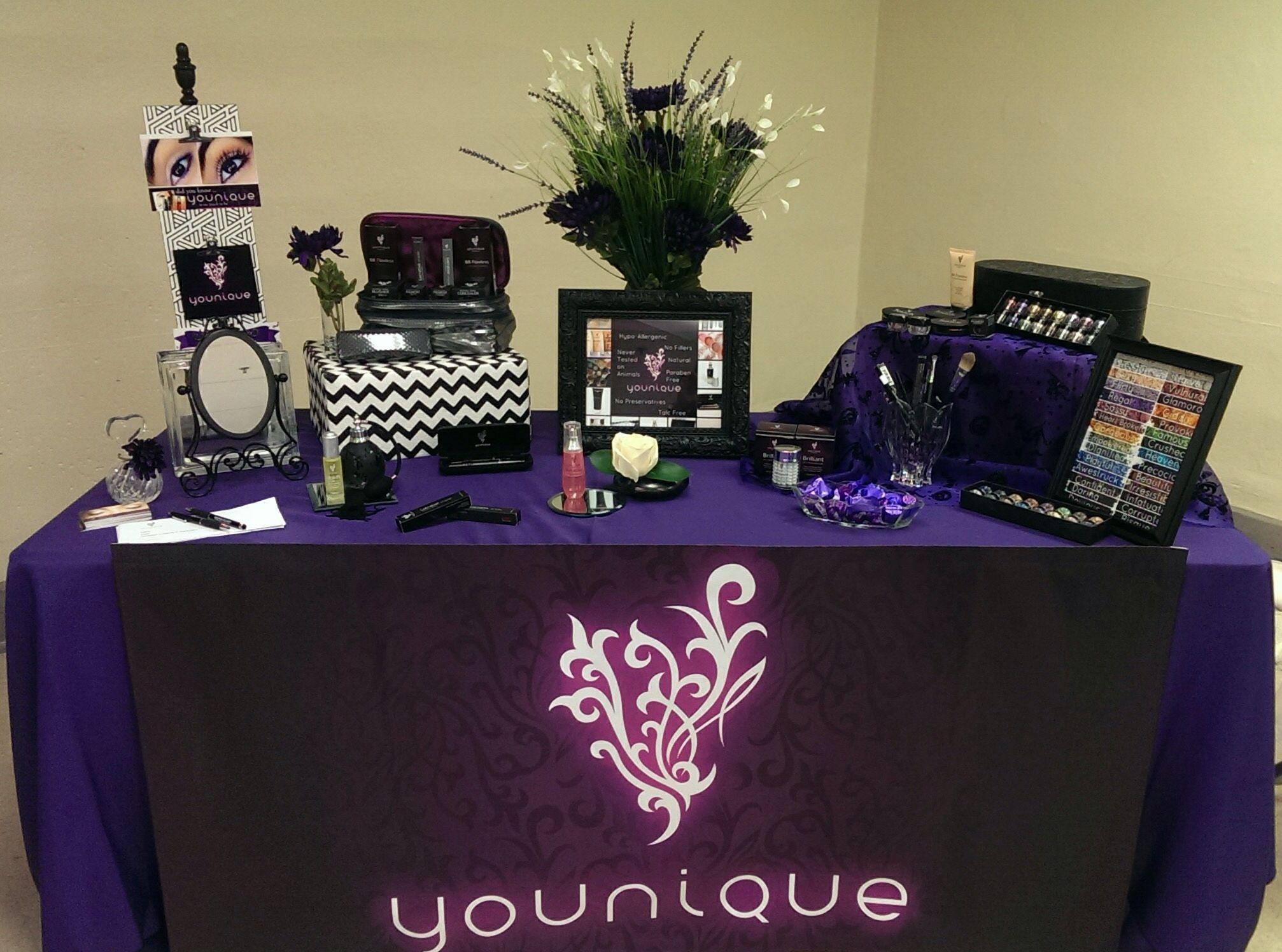 younique vendor table www