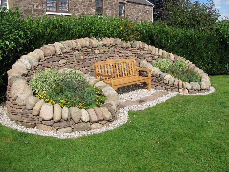 Dry stone seat by David Galbraith. UK.   Garten ...
