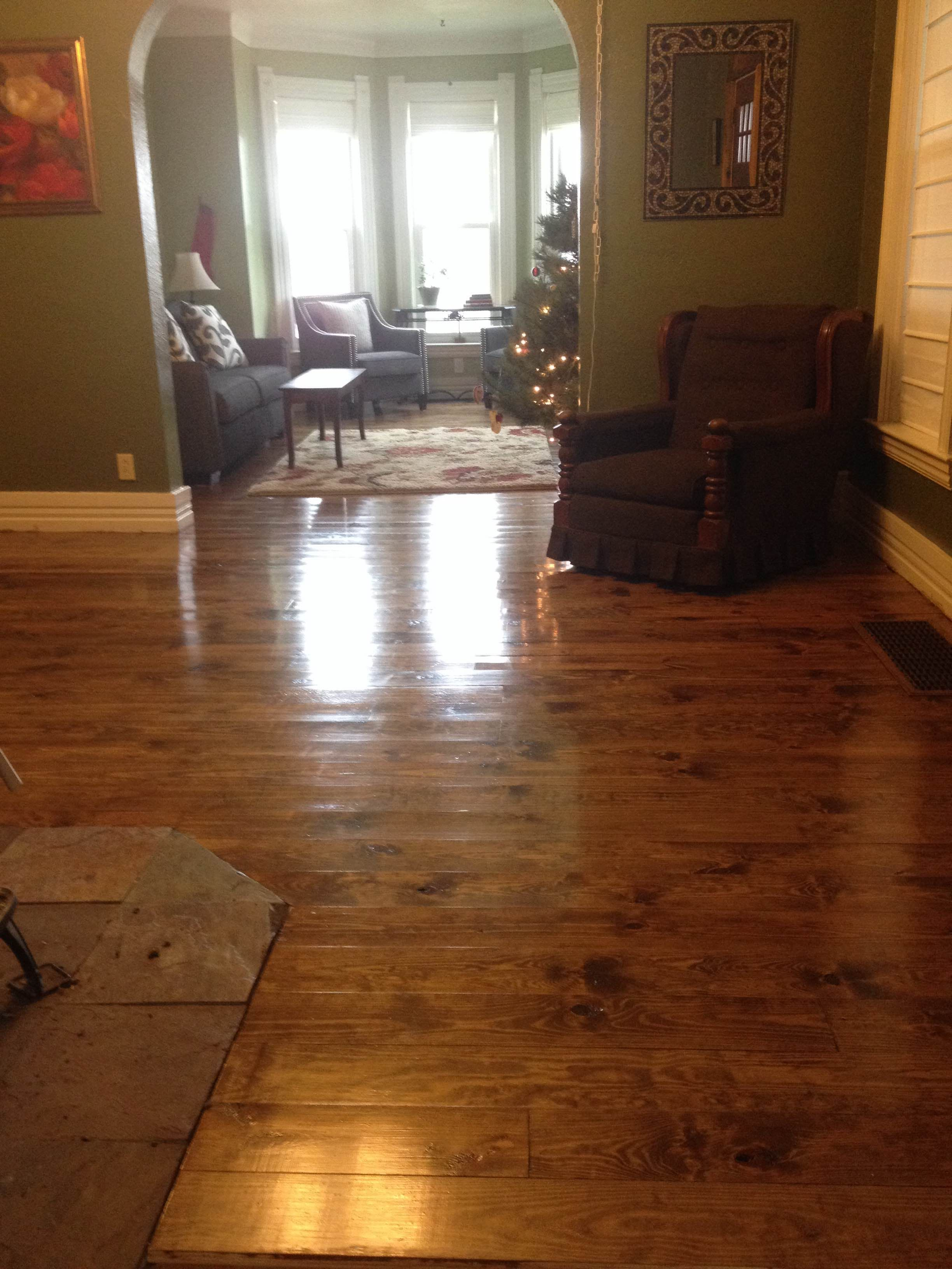 Allison In Mo Used Our 1 X 10 2 Or Better Knotty Pine To Create This Cool Look Flooring Hardwood Floors Pine Floors