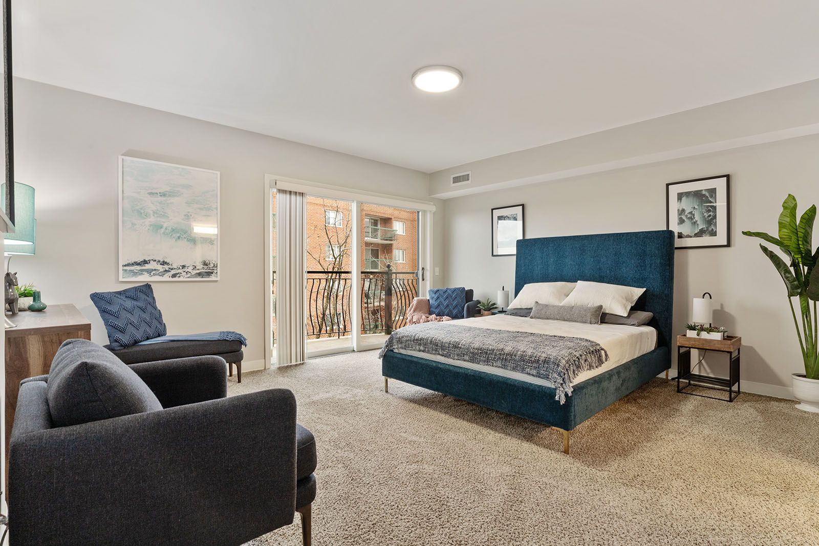We Offer One And Two Bedroom Apartment Homes You Re Sure To Find A Floor Plan You Love Ren Bedroom Floor Plans Two Bedroom Apartments Looking For Apartments