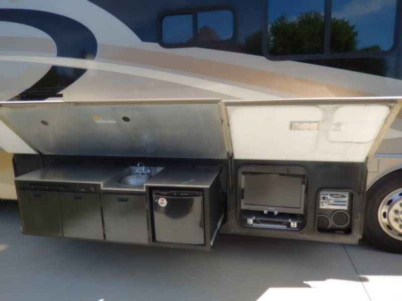 2007 fleetwood discovery 39l class a diesel rv for sale