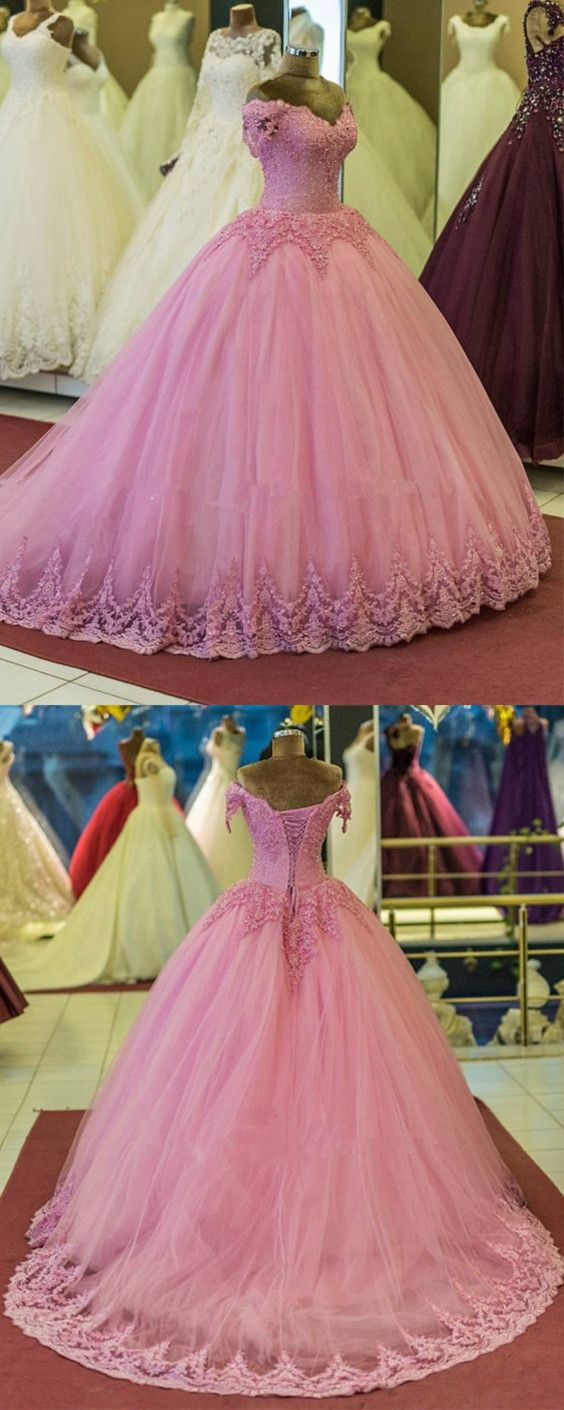 Pretty lace appliques vneck tulle ball gowns quinceanera dresses