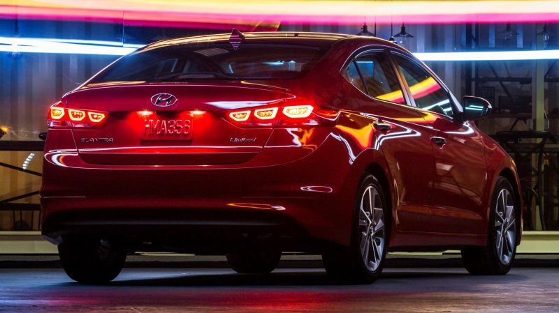 Hyundai Elantra Sport 2017 Автомобили, Автомобиль, Дизайн