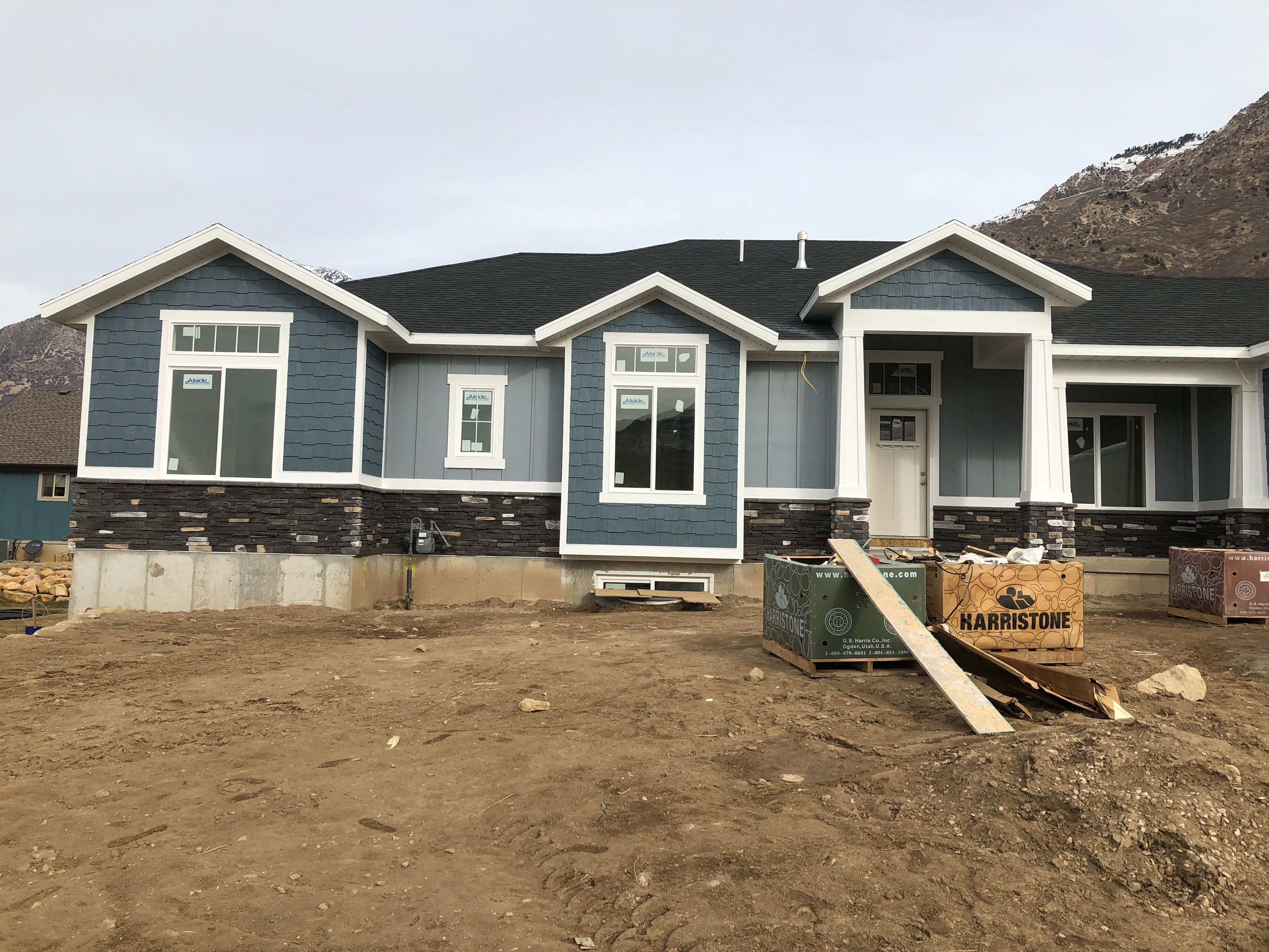 Exterior Sherwin Williams Steely Grey Siding Sherwin Williams Slate Tile Shakes Harristone Canmore Whit Exterior Brick Exterior House Colors House Exterior
