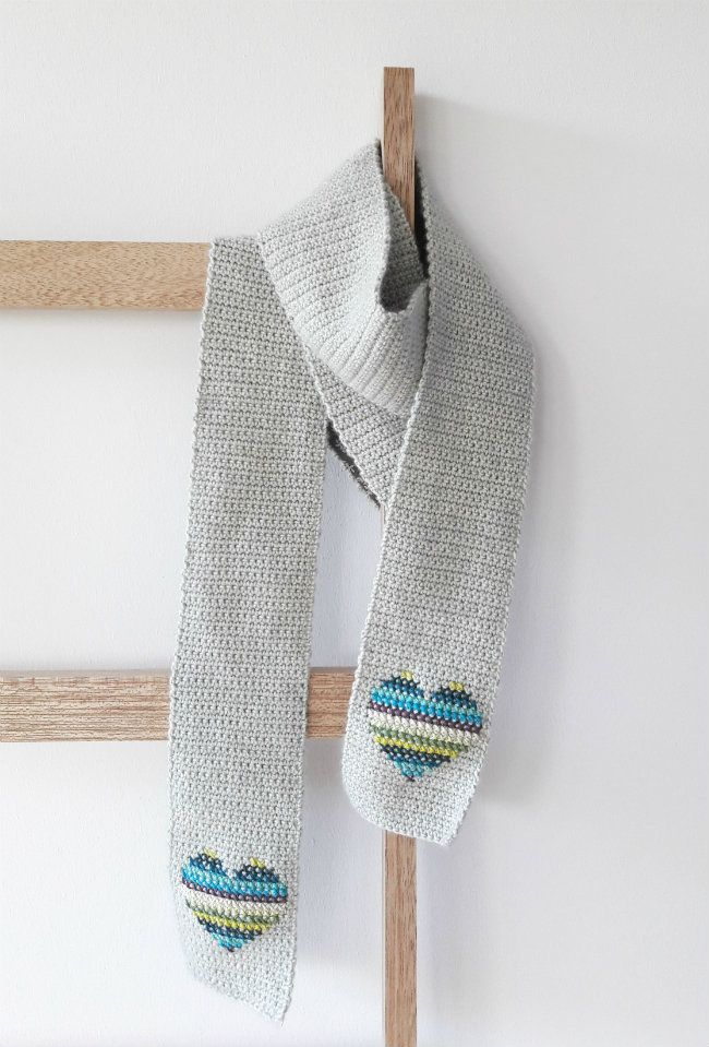 Scarf of hearts: free crochet and cross stitch tutorial | Happy in ...