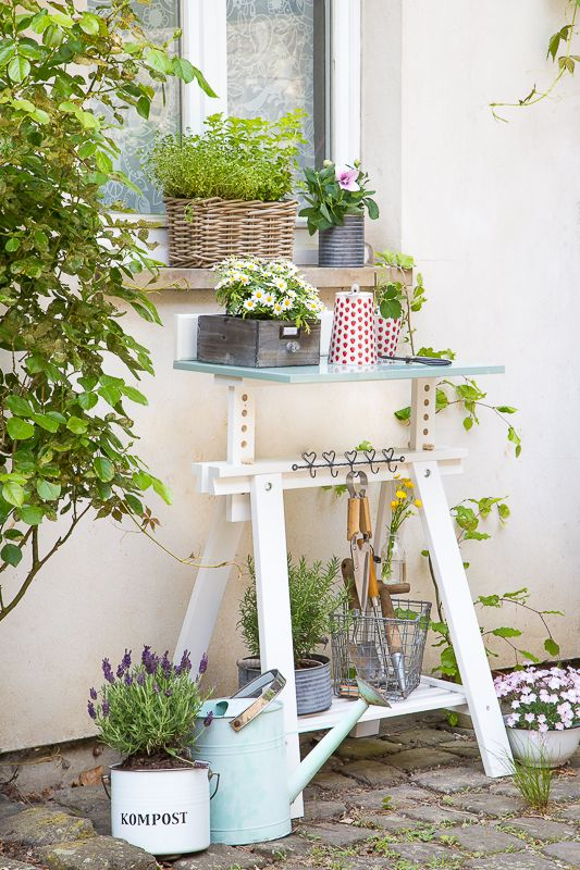 Photo of DIY Ikea Hack quickly build a planting table for the garden or the ter …