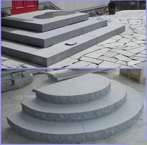 Escalier ext rieur en pierre bloc sans nez ni d bordement for Escalier exterieur pierre