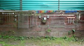 Music wall. I need this! Love creative outdoor spaces, this would work with a lot of ages.