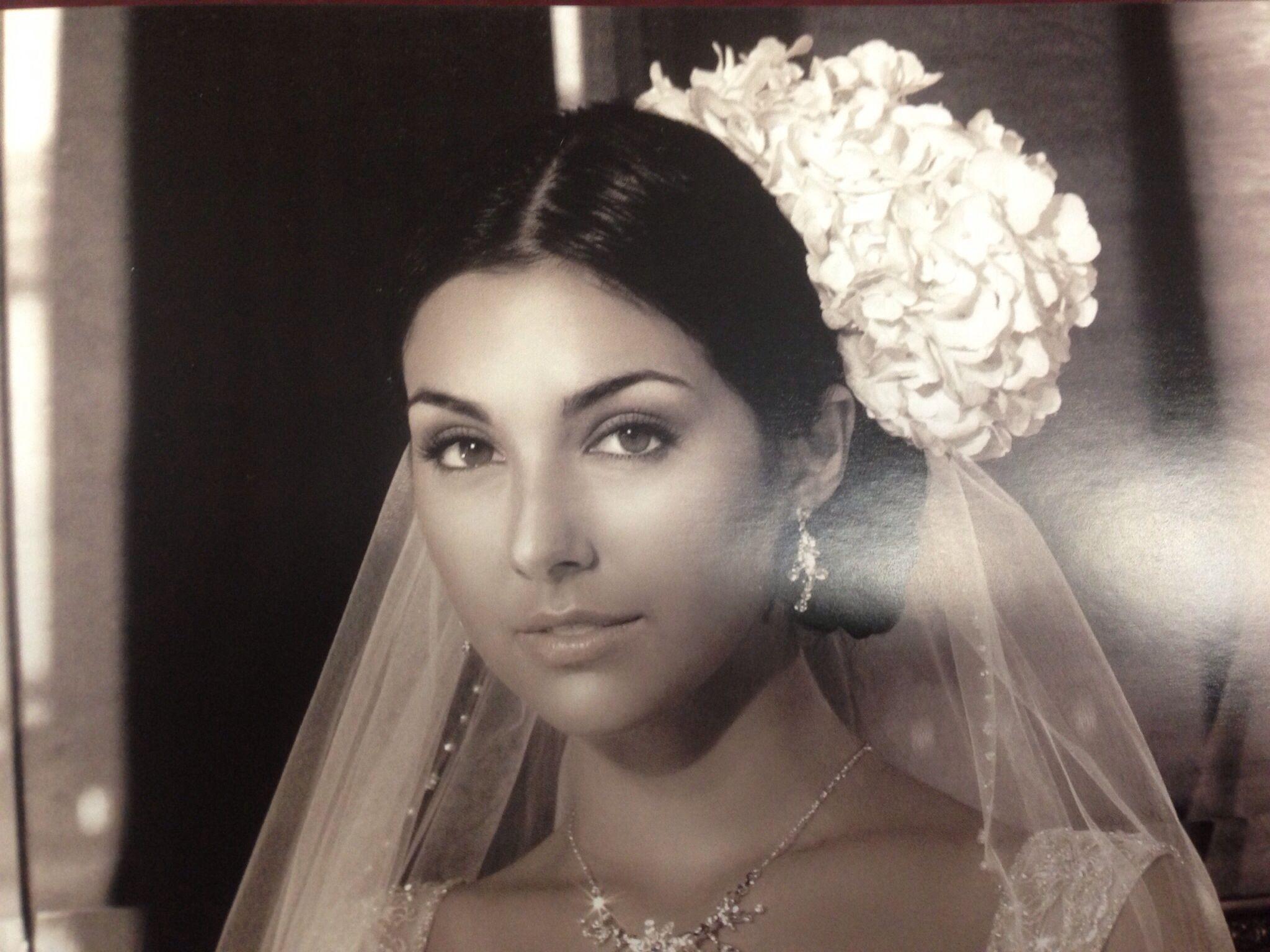 spanish wedding hairstyle