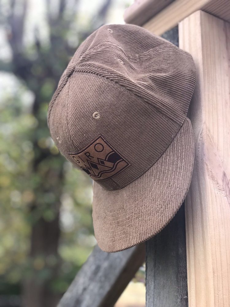 a6a1a0f02c5 Giro Corduroy Trucker Hat SnapBack One Size Vintage Retro Hat DECKY Brand  New