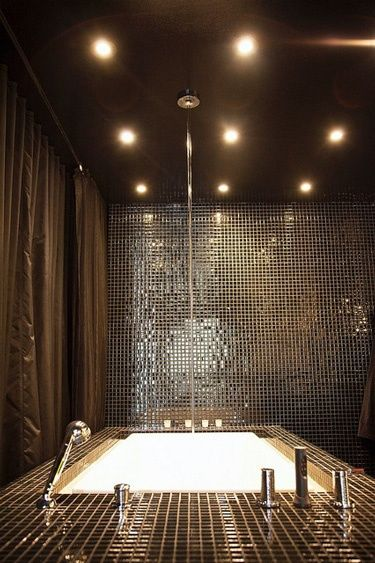 Sexy sexy bathroom! feng-shui