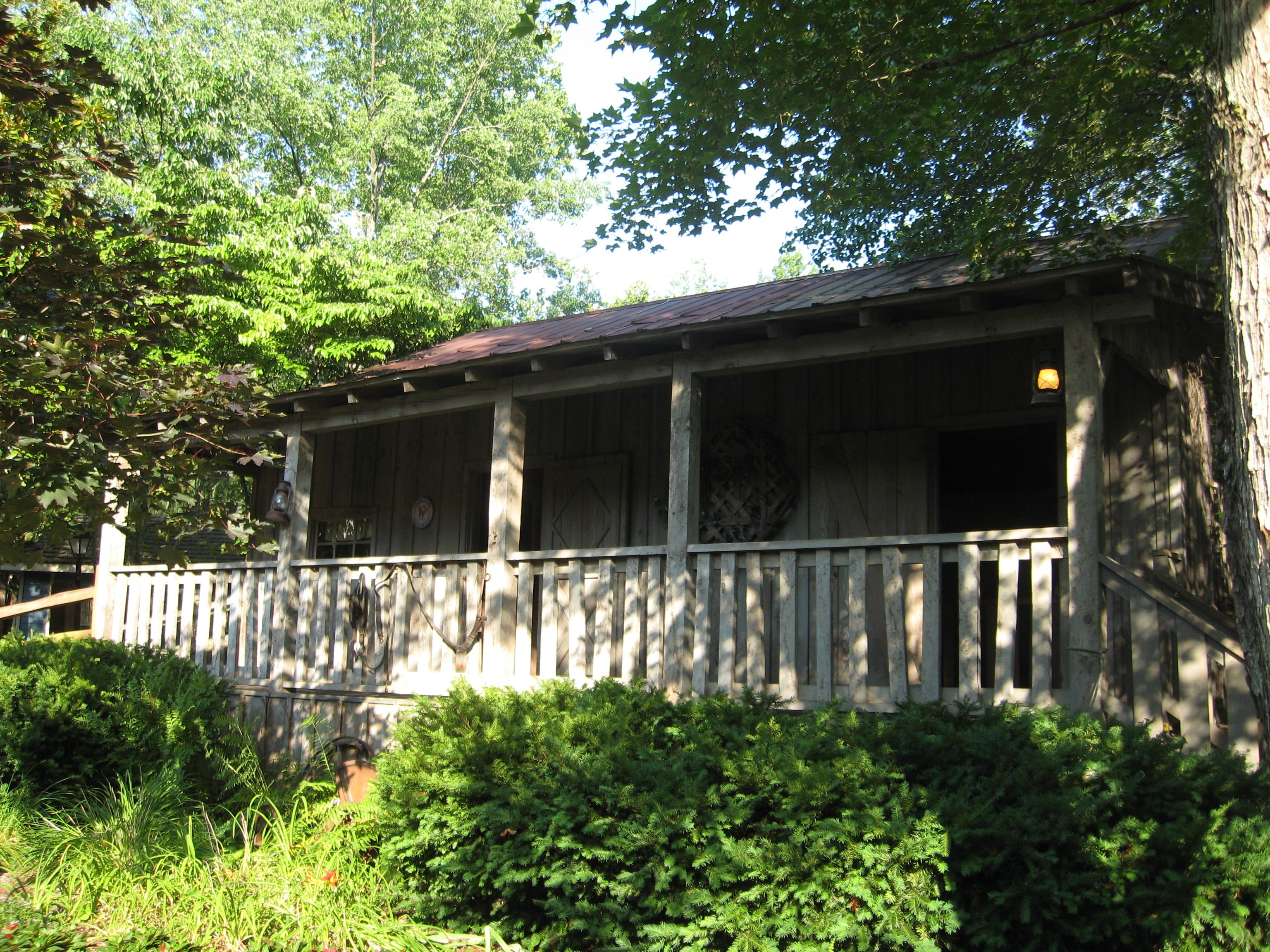 Dolly Parton S Childhood Home Re Created In Dollywood Pictures I