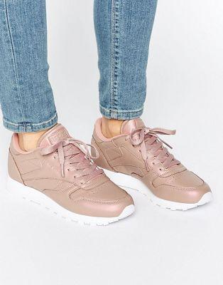 newest cd8b9 047dc Reebok Classic Leather Sneakers In Rose Gold Pearl Reebok Rose, Pink Reebok,  Gold Reebok