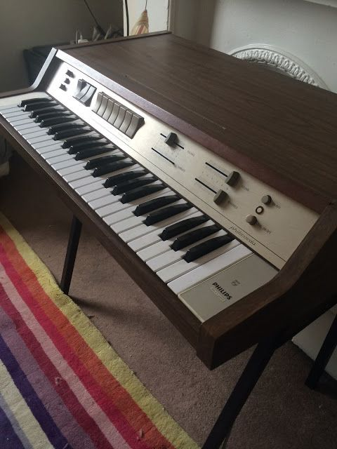 MATRIXSYNTH: Philips Philicorda Analogue Combo Organ GM754